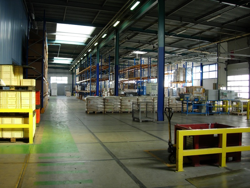 Warehouse lighting energy efficient the